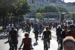 Velo-city_2013_bicycle_parade